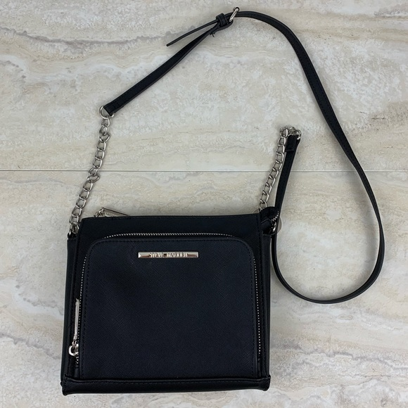 Steve Madden Handbags - Steve Madden Crossbody Bag Black